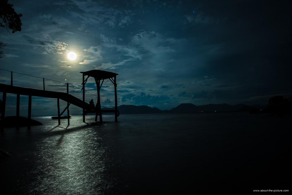 Full moon on Mumbo Island